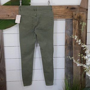 Free People NWT Moss Green Skinny Jeans